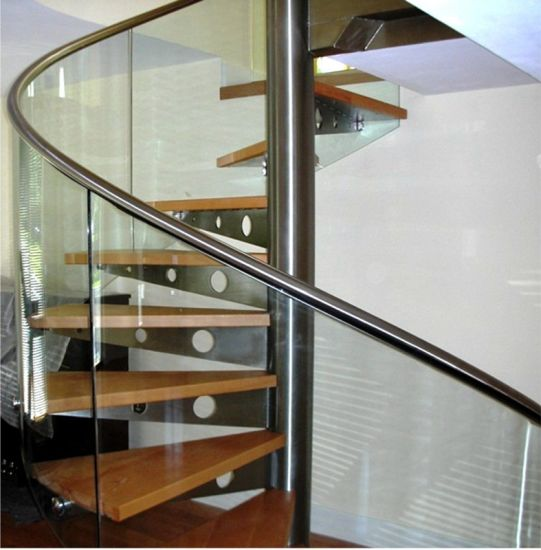 Customized Tempered Glass Tread Spiral Staircase With Glass Railing
