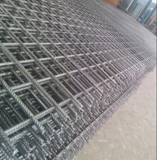 Welded Rebar Steel Mesh/Bridge Building Concrete Reinforced Wire Mesh pictures & photos