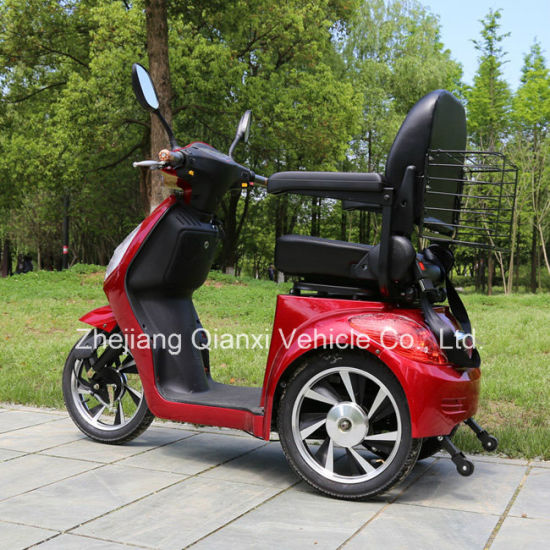 3 Wheels Electric Powered 500W Brushless Motor Mobility Scooter for Old People pictures & photos