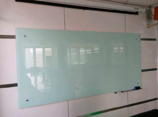 Magnetic Glass White Board with 4mm Thickness for Office
