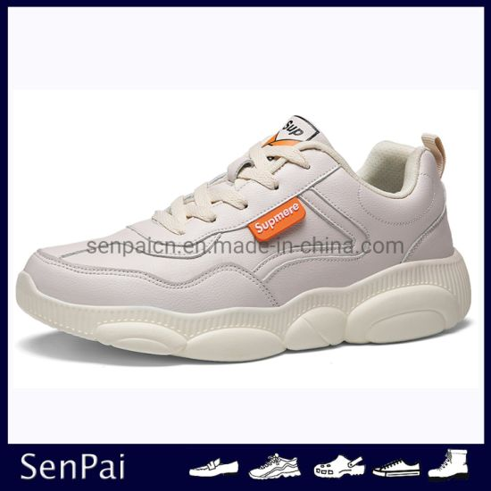2019 New Design Men and Women Soft Shoe Casual Footwear pictures & photos