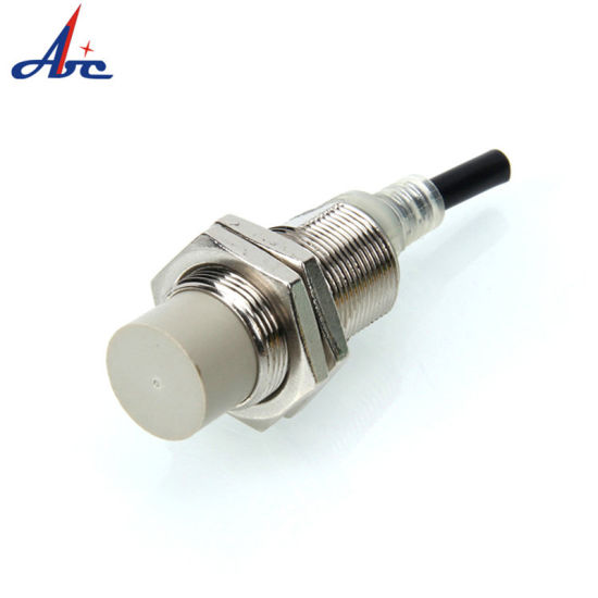 M18 Non-Screen Shield AC or DC No/Nc 10mm Detection Distance Proximity Switch