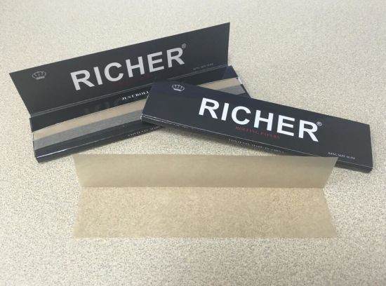 Custom Unleached Hemp Rolling Papers/Skins pictures & photos