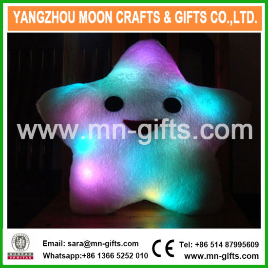 Christmas Decorative Home Sofa Party Decor Toys Gift Plush Colorful Star Plush LED Cushion pictures & photos