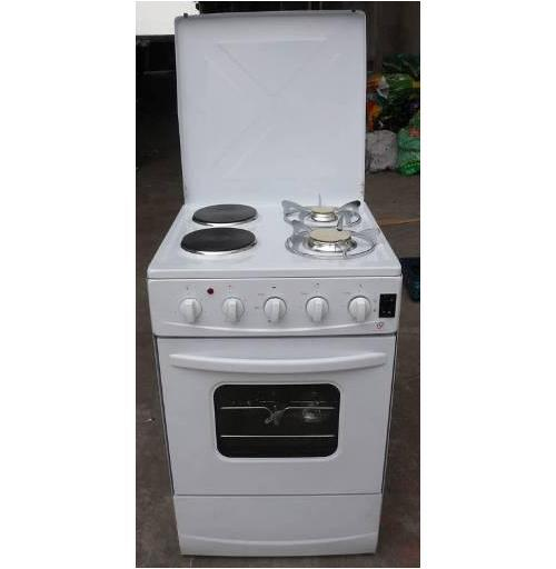Free Standing Gas Oven with Four Burners Gas Stove