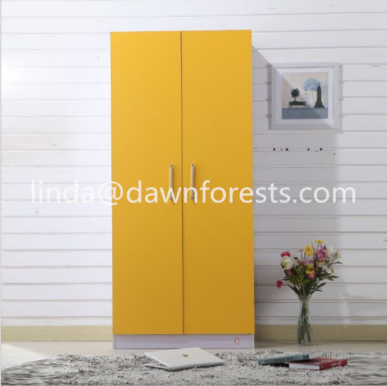 Simple Wooden Wardrobe/Closet With Designs