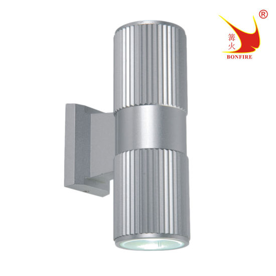 Aluminum IP54 Waterproof Outdoor Wall Sconce up and Down Light