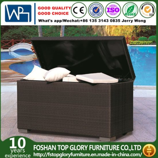 China Aluminum Frame Adjustable Outdoor Rattan Cushion Storage Box