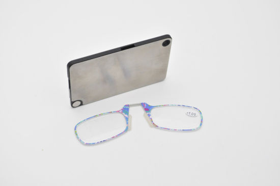 2019 Hot Sales Thin Optic Follower Pattern Pocket Wallet Nose Pad Mini Reading Glasses Without Arms