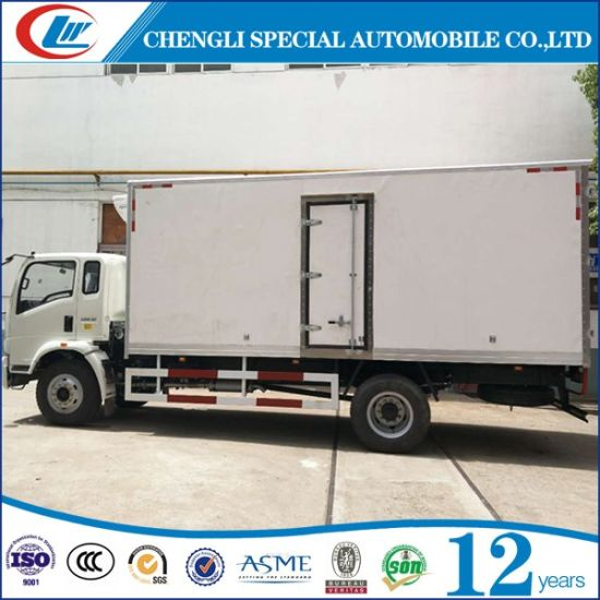 Sinotruk Capacity 10ton Refrigerated Truck for Sale pictures & photos
