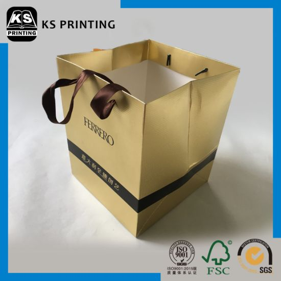 Wholesale Customized Coated Paper Packing Bag Paper Gift Bag for Chocolate pictures & photos