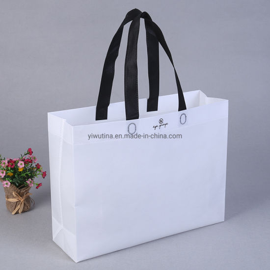 Eco-Friendly High Quality Recycled Custom Logo Printing Once Formation Reusable Shopping Non-Woven PP Carrier Bag with Handle