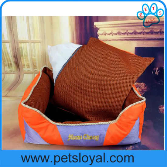 Rectangle Bolster Washable Pet Dog Bed with Removable Pillow pictures & photos