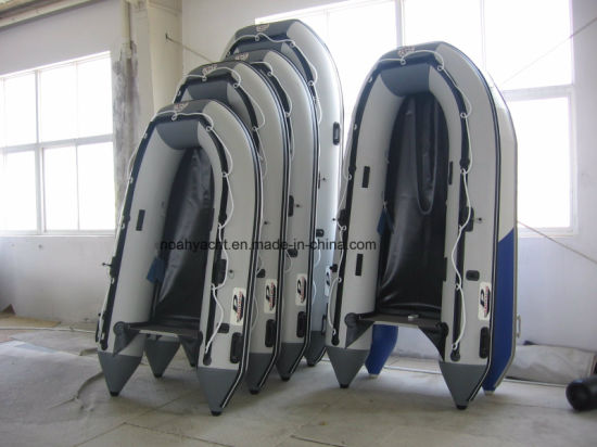 2018 Weihai Factory 0.9mm-1.2mm PVC/Hypalon Inflatable Fishing Boats with Plywood Floor Online Sale pictures & photos