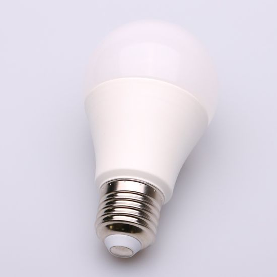 LED Bulb Lamp B22 E27 SMD 2835 LED Bulb 15W for Home pictures & photos