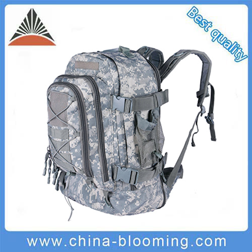 Men′s Outdoor Trekking Tactical Military Camping Hiking Sports Backpack pictures & photos