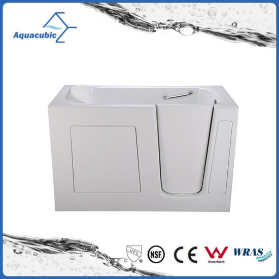 China Acrylic Walk-in Wheelchair Safe Bathtub for Disabled ...