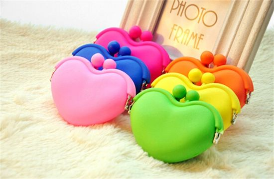Fashion Jelly Coin Bag Silicone Purse for Lady pictures & photos