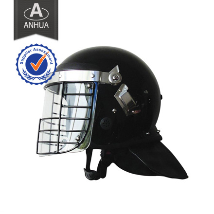 Military Anti-Riot Helmet with Net Visor pictures & photos