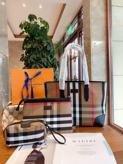 100% High Quality Designer Checkered Women Handbag