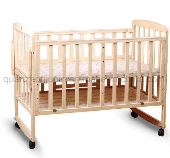 OEM Adjustable Wheels Wooden Baby Cot Bed Crib