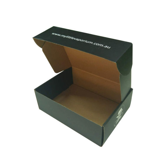 c8c5d43ad69 China Black Matte Fashion Design Mailer Shipping Box Paper Packaging ...