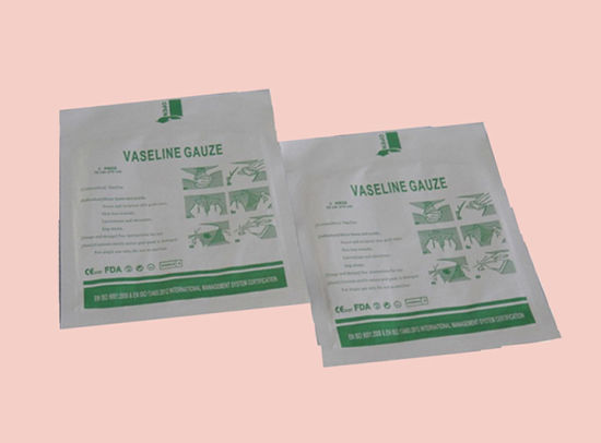 Paraffin Gauze Swab for Burn Wound Care Use pictures & photos