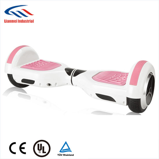 Two Wheels Smart Balance Scooter Electric Scooter with LED Lighting pictures & photos