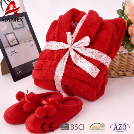 Hot Sale Red Coral Fleece Comfortable Bathrobe with Slipper pictures & photos