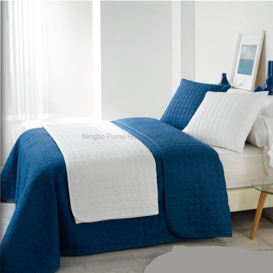 Bedspread/Quilts/Luxurious Comfort Ultrasonic Summer Quilt Set with Cushion/Pillow Cover/Bedding Set