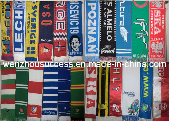 Professional acrylic Football Scarf (SS10-3K000) pictures & photos