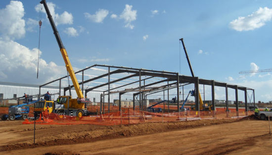 China Easy Assembly Prefabricated Steel Frame Structure Warehouse Construction pictures & photos
