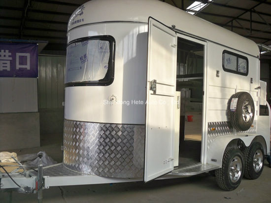 Deluxe 2horse Trailer/Horse Float Straight Load with Kitchen and Awning pictures & photos