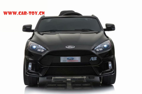 China Licensed Ford Focus Rs Vehicle Toys With Remote Control Black