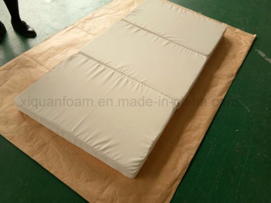 Foldable High Density Foam Mattress Rolled Packing in Sleeve