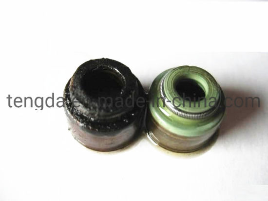 Motor Valve Stem Oil Seal for Diesel Engine Yc4d120-21 pictures & photos