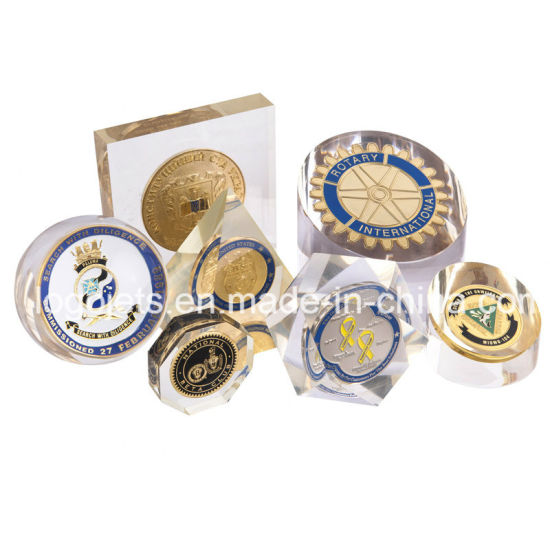Customzied Acrylic Paper Weight with Metal Coin Business Gift