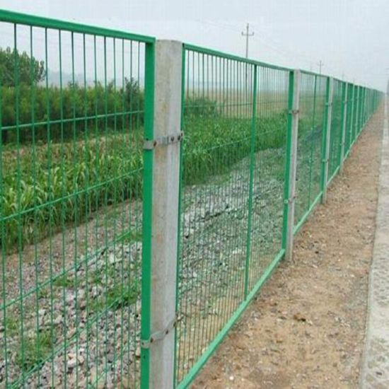 China Coated Welded Wire Fence Galvanized PVC Security Fence - China ...