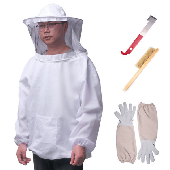 Bee Safety Clothing with Gloves Beekeeping Jacket Brush Scraper Apiculture Beebeekeeping Suit Sets pictures & photos