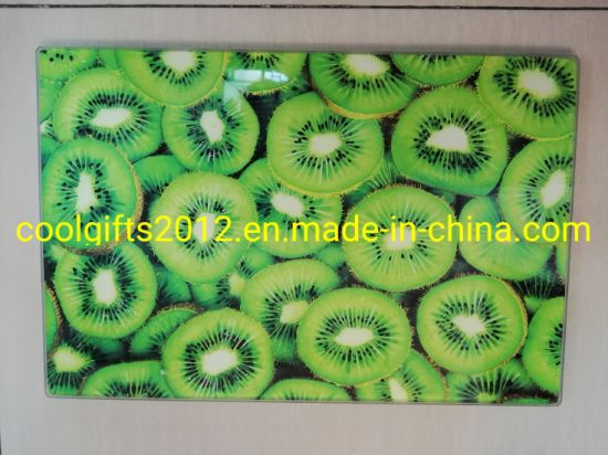High Quality Wholesale Custom Cheap Glass Cutting Board with Silicone Pad