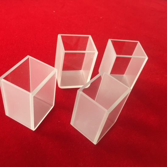 China Rectangular Quartz Glass Cuvette Colorimetric Cup
