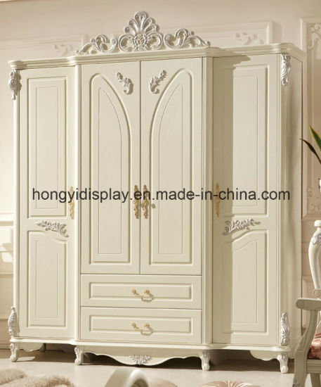 China White Antique French European Style 3 Door Carved Wooden