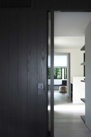 China Dark Gray Popular Sliding Wood Interior Doors China Wooden