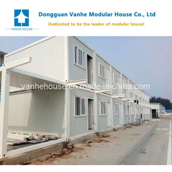 Sandwich Panel Steel Structure Container House for Living Office Toilet Bathroom Shower pictures & photos