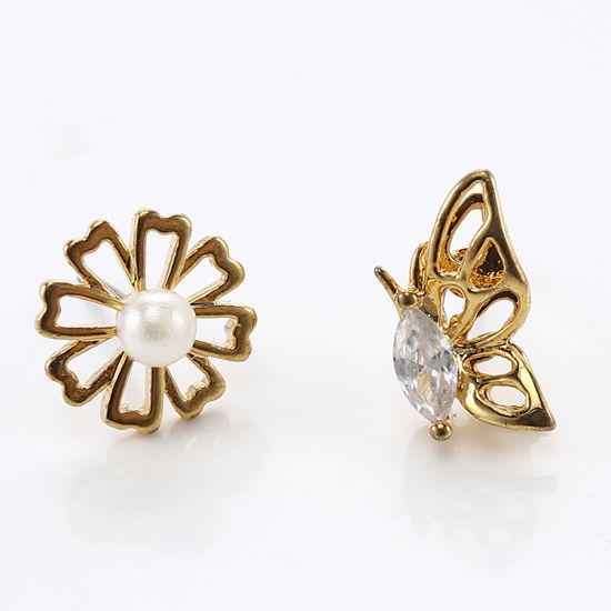 China Trendy Asymmetric Flower Pearl 18k Gold Plated Jewellery