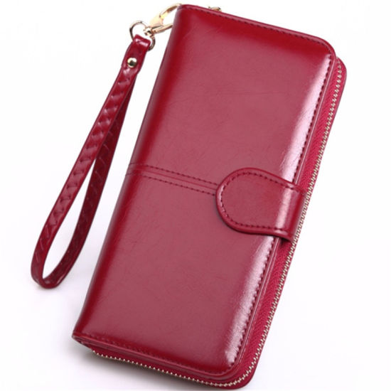 New Design Fashion Wax Leather Wallet for Women Clutch Ladies Purse with Many Card Holder and Handle for Outdoor pictures & photos