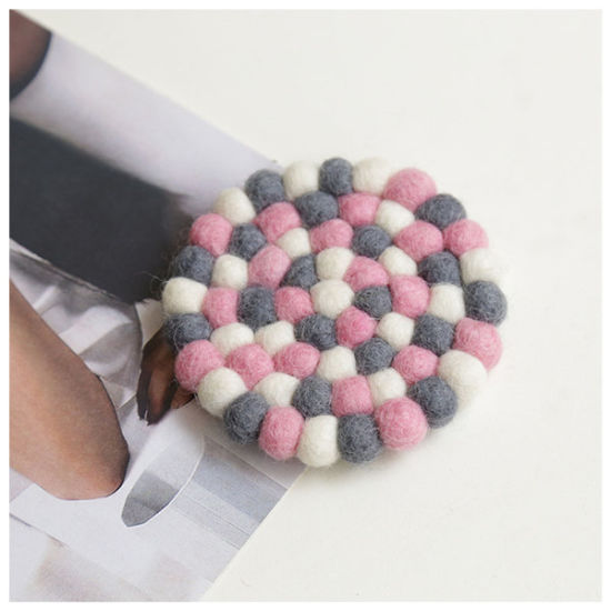 Wool Ball Rug Felt Coasters Handmade Coaster pictures & photos