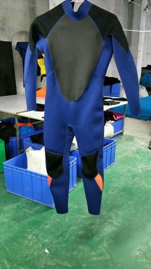 12d3536b37 China OEM Waterproof 3mm Neoprene Wetsuit for Man Scuba Diving Suit ...