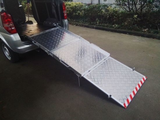 Bmwr-3 Wheelchair Ramp for Van and Minivan with CE pictures & photos