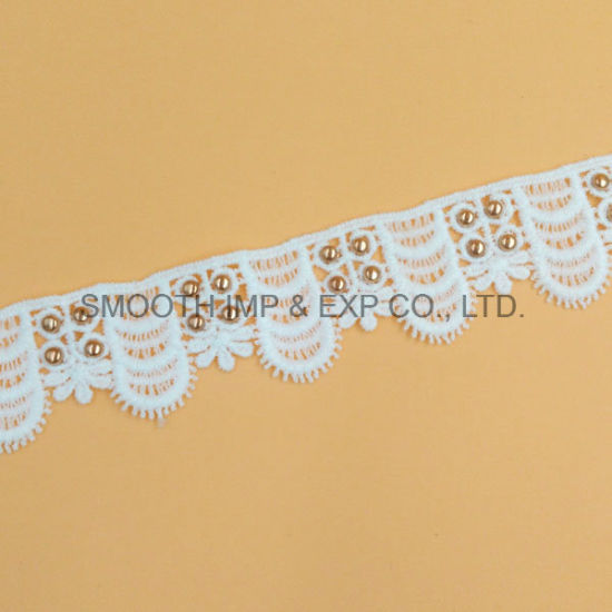 Fashion White Embroidery Lace Eyelet Clothing Accessories Water Soluble Fabric pictures & photos